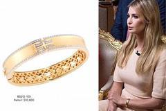 """Ái nữ nhà Trump """"khoe khéo"""" vòng tay giá hàng trăm triệu"""