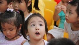 Quà 20-11: Tặng cô giáo của con gái lọ chanh đào mật ong