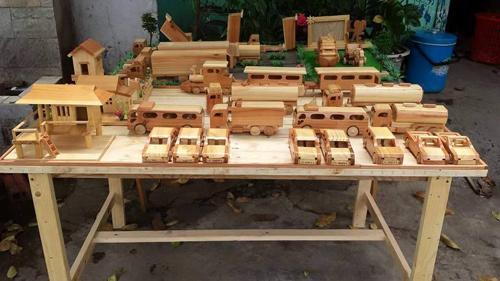 Chàng trai xứ Nghệ bỏ bằng đại học 'liều mình' làm giàu từ gỗ vụn