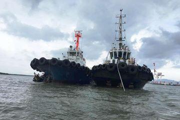 Tàu nước ngoài đụng sà lan, nữ thuyền trưởng mất tích