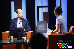 Hoàng tử William hào hứng chia sẻ về gia đình trên VTV