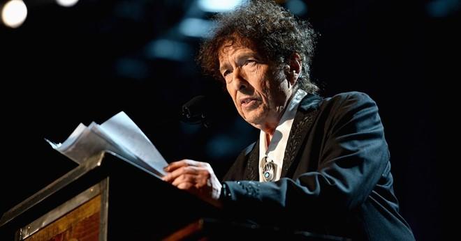 Bob Dylan không tham dự lễ trao giải Nobel