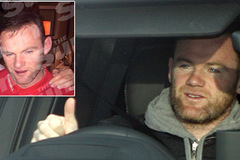 Say xỉn, Rooney bị tước băng đội trưởng tuyển Anh