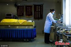 Tâm sự của chuyên gia trang điểm cho người chết