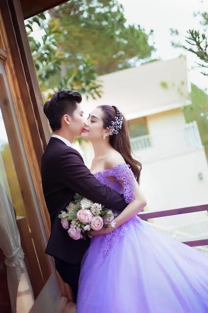 Lâm Khánh Chi  bất ngờ lên xe hoa, tung loạt ảnh cưới đẹp mê hồn