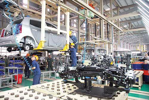 Ô tô Việt Nam, ô tô Thái Lan, ngành công nghiệp ô tô, Công nghiệp ô tô, Công nghiệp ô tô Việt Nam, tỷ lệ nội địa hóa,  linh kiện ô tô, công nghiệp hỗ trợ, chính sách phát triển công nghiệp ô tô, ô tô nhập khẩu, thuế tiêu thụ đặc biệt, thuế suất thuế nhập