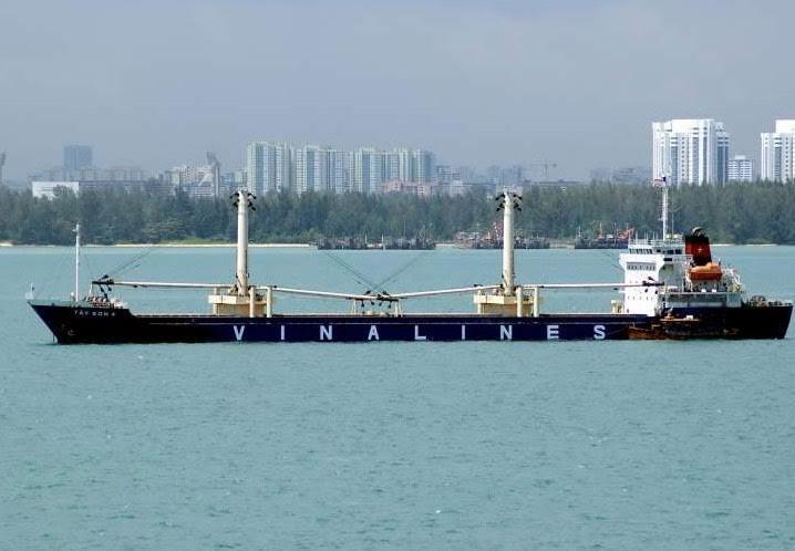 Tàu Indonesia, Việt Nam va chạm, 15 người mất tích