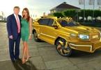 Choáng ngợp với SUV bọc thép mạ vàng cho ông Donald Trump