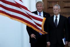 Lộ diện ứng viên nổi bật chức Bộ trưởng Quốc phòng Mỹ