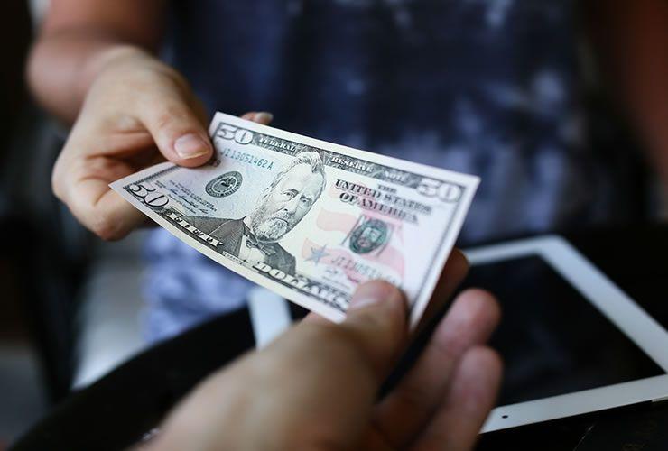 Tỷ giá ngoại tệ ngày 21/11: Giá USD chưa hạ nhiệt