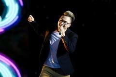 Giọng ca 'Ông bà anh' gây sốt trong 'Sing my Song'