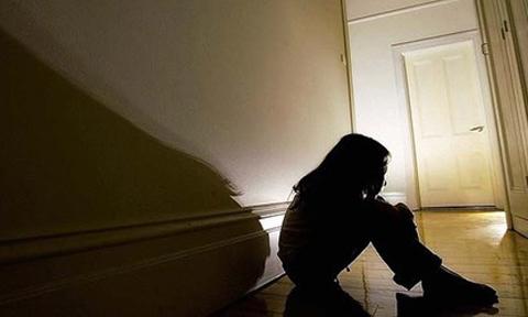 Cuộc đời đẫm nước mắt của thiếu nữ bị lạm dụng từ 9 tuổi