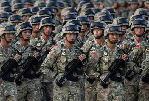 Quân đội Trung Quốc đặt trong tình trạng báo động
