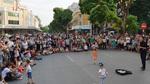 Dân phố cổ 'bội thực' âm nhạc trên phố đi bộ Hồ Gươm?