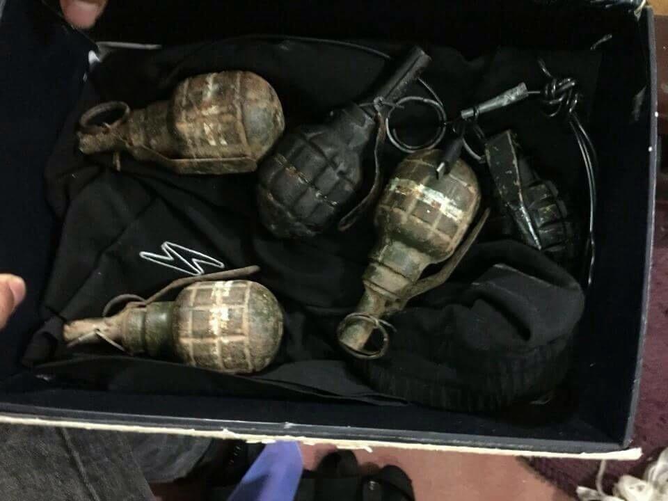 Bắt 'đại ca' Hà Thành thu súng và lựu đạn