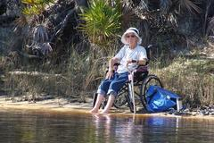 Cụ bà 90 tuổi bị ung thư vẫn đi du lịch khắp thế giới