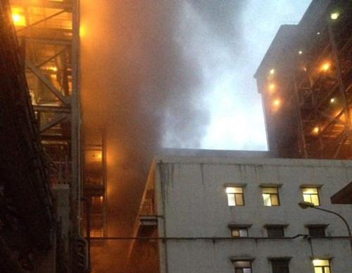 Cháy lớn tại nhà máy nhiệt điện Cẩm Phả