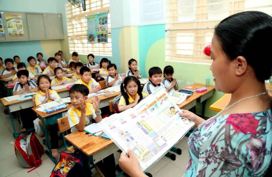 Tiểu học: Không bắt buộc dùng học bạ mới