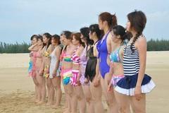 Nữ vệ sĩ TQ diện bikini tập luyện 'khổ sai' trong giá rét