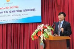 Thứ trưởng Bộ Ngoại giao đứng lớp về hội nhập quốc tế