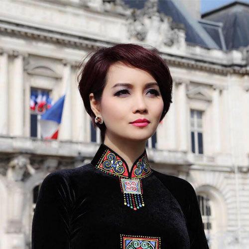 Sao Việt hào hứng chia sẻ về Quả chuông vàng 2016