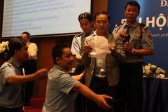 Tranh chấp tài khoản tại ngân hàng của Trường ĐH Hoa Sen