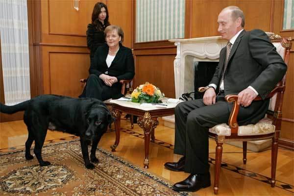 Bộ sưu tập quà tặng lạ thường của ông Putin
