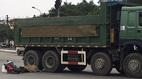 Hà Nội: Bị xe tải cán qua, 2 nữ sinh chết thảm