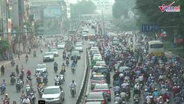 Hà Nội cấm toàn bộ phương tiện đi dưới gầm cầu vượt Láng Hạ