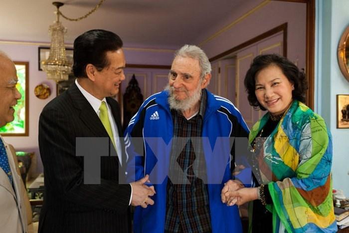 Hình ảnh Fidel Castro với các lãnh đạo Việt Nam