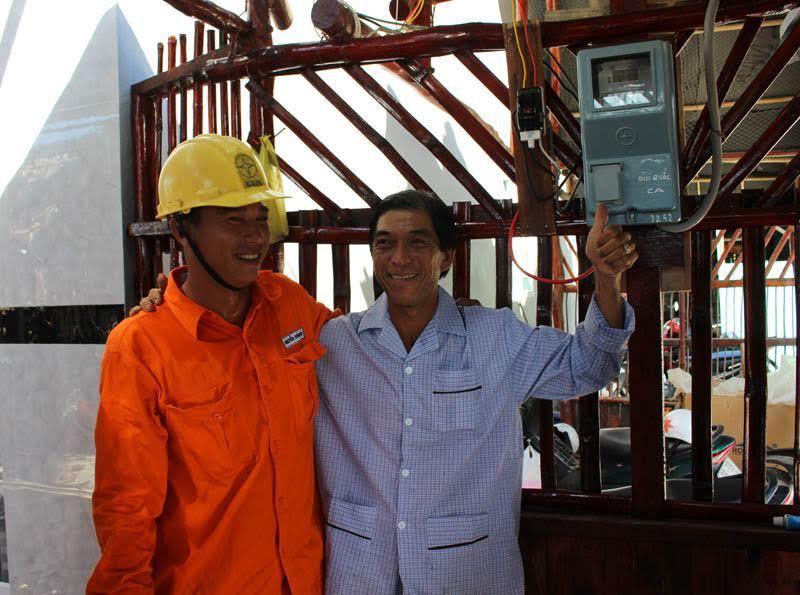 Đường điện 110 kV vượt biển dài nhất VN chính thức vận hành