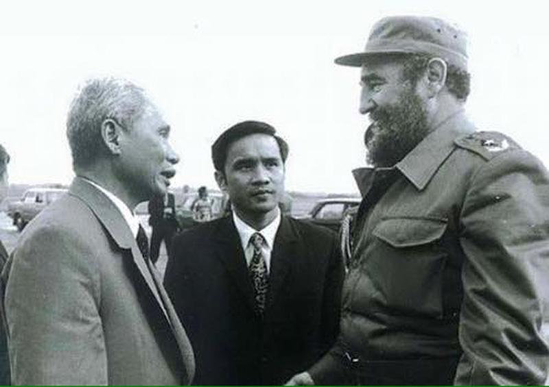 Hồi ức của nguyên Thứ trưởng từng phiên dịch cho Fidel