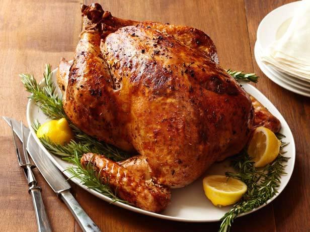 Tại sao gà tây là món ăn không thể thiếu trong lễ Tạ Ơn