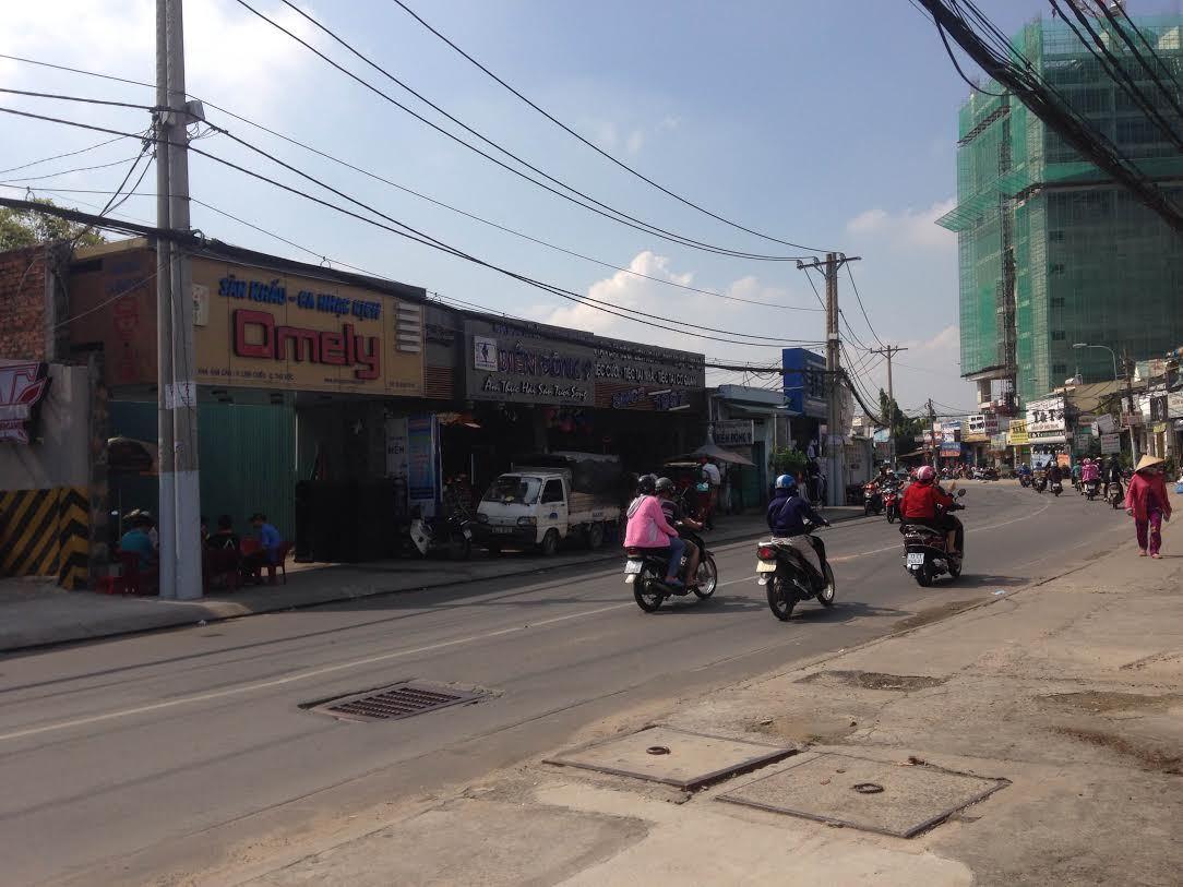 Hỗn chiến trước nhà hàng ở Sài Gòn, nhiều người bị thương