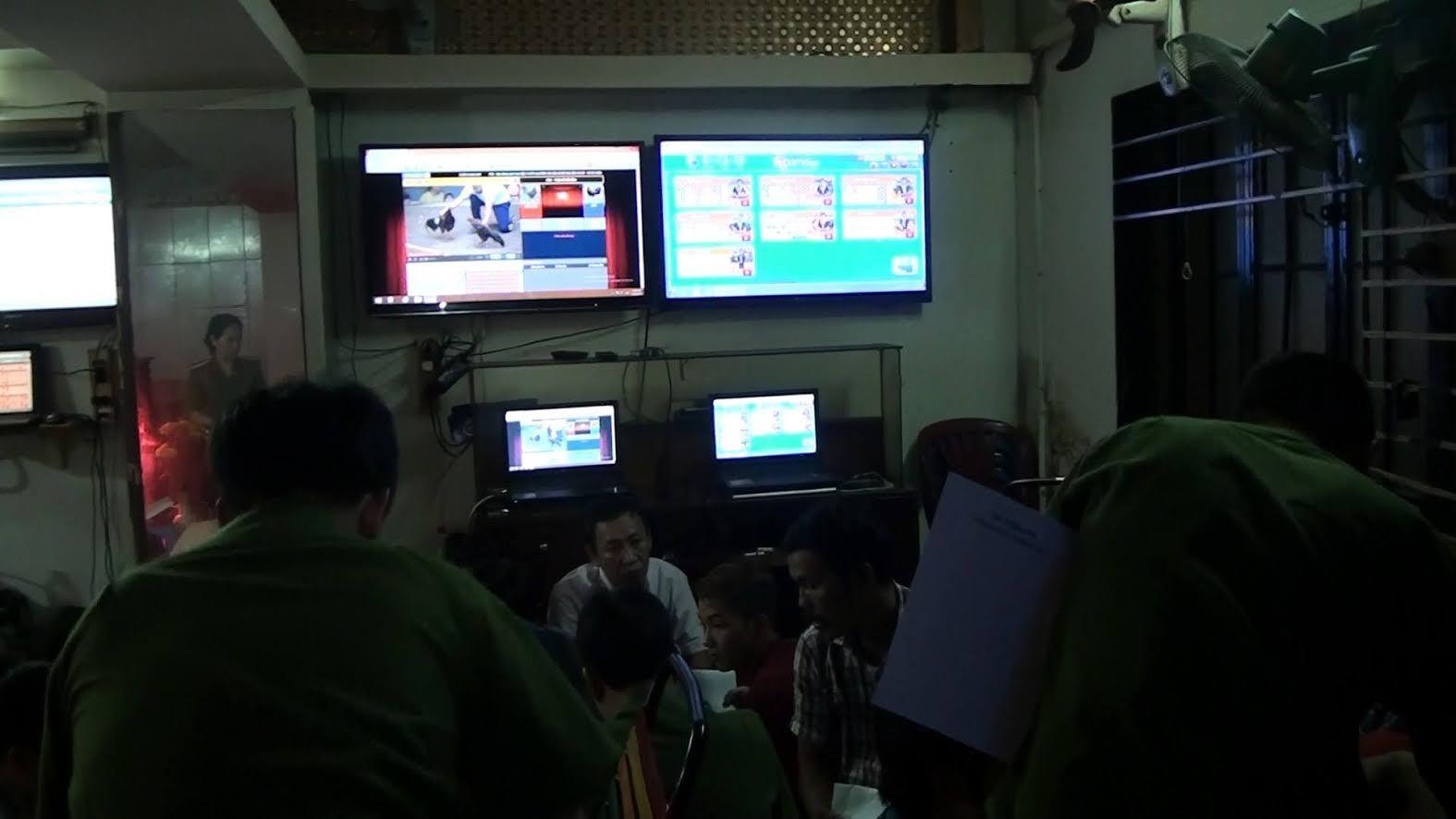 Phá ổ bạc cực lớn ở Sài Gòn, bắt 130 đối tượng