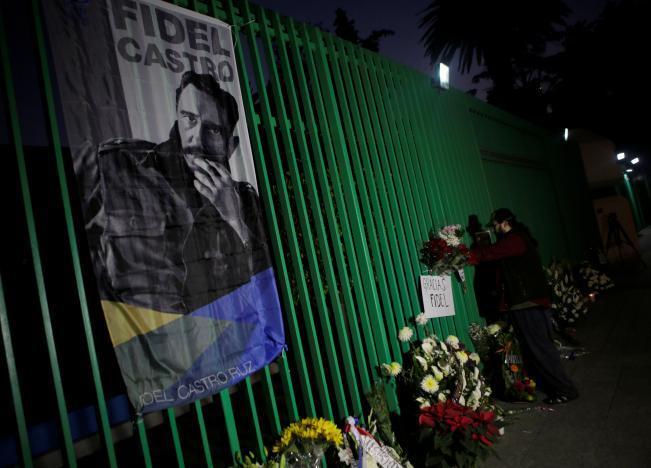 Người dân Cuba để tang lãnh tụ Fidel Castro
