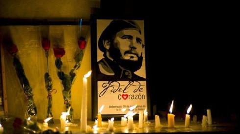 Chủ tịch QH lên đường đi Cuba dự lễ truy điệu ông Fidel Castro