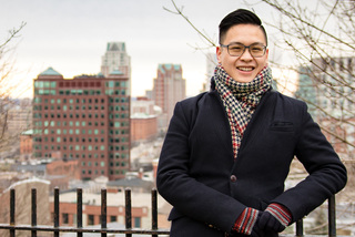 Chàng trai 23 tuổi tốt nghiệp Ivy, nói 5 ngoại ngữ, đi hàng chục quốc gia