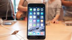 iOS nâng cấp, iPhone tụt pin thảm hại