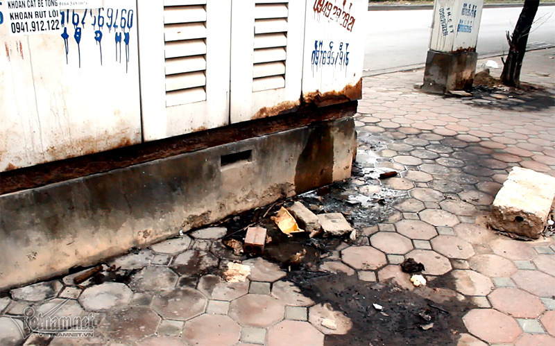 Tìm chả thấy nhà vệ sinh, tiểu bậy vẫn bị phạt 3 triệu?