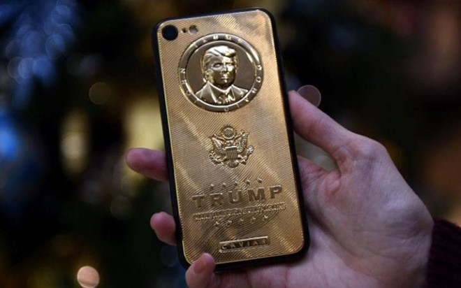 Donald Trump, smartphone