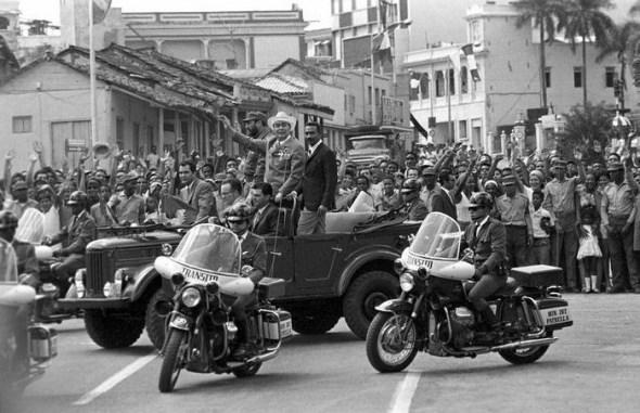 7 chiếc xe gắn liền với cuộc đời lãnh tụ Fidel Castro