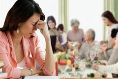 Hoảng hốt vì chồng đòi biếu nhà nội 50 triệu tiêu Tết