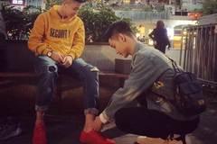 2 chàng điển trai cầu hôn lãng mãn giữa phố Hà thành