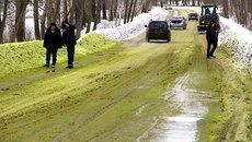 """Ngắm """"tuyết xanh"""" ở nước Nga"""