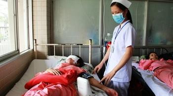 Nữ sinh tình nguyện gặp tai nạn nguy kịch cầu cứu