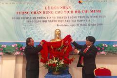 Bộ trưởng TT&TT tự hào là người Việt Nam