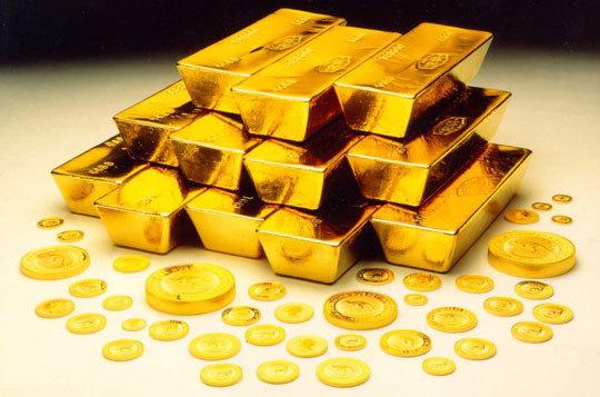 Giả bị cướp vàng, lén lút mang về nhà chôn để chiếm đoạt
