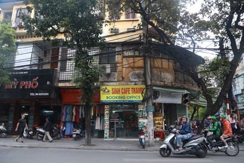 Ở Hà Nội, tôi luôn thấy thói a dua, bắt chước
