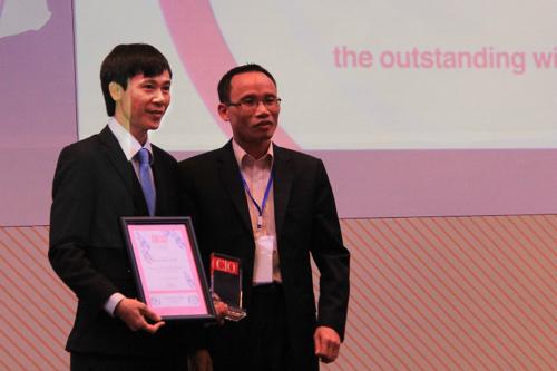 Phó TGĐ PVCFC nhận giải Lãnh đạo CNTT Đông Nam Á